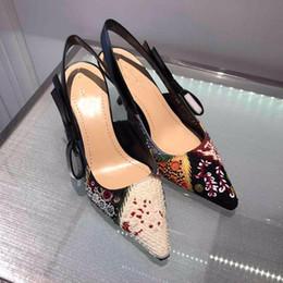 $enCountryForm.capitalKeyWord Australia - Ethnic Embroidery Women Pumps Retro Bohemina Fashion Shoes 2019 New Spring Pointed Toe Buckle Ladies High Heels 9.5 cm 6.5cm