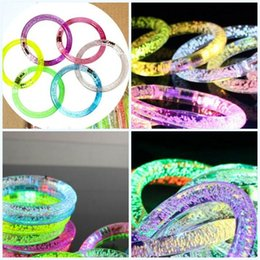 $enCountryForm.capitalKeyWord Australia - Bracelet Toy Luminous Change Colour Bubble Bangle Plastic Material Color Lamp Creative Idea Gift Give Wristband Factory Direct Sale 0 7rf P1