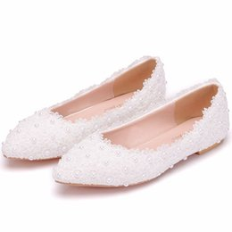$enCountryForm.capitalKeyWord Australia - Gorgeous Lace Pearls Women Shoes For Wedding 2019 Cheap Flats Pointed Toes Slip-On Bridal Wedding Shoes Comfortable Flatforms Shoes