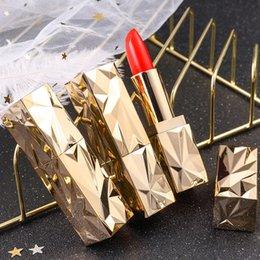 Long Wear Lipsticks Australia - Lipstick Makeup Gold Bar Waterproof Moisturizing Long Easy To Wear Lip Sticks Sexy Cosmetic Long lasting without fading
