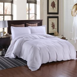 Plain White Bedding Australia - ISHOWTIENDA 3 Pcs Hotel Europe Satin Strip Solid Color School Bedding Quilt Cover Pillowcase New Arrival