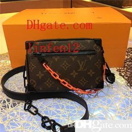 $enCountryForm.capitalKeyWord Australia - Men s travel Bags Women bag real Leather Handbags Leather keepall 45 Shoulder Bags totes 44480 size 18x13x8cm