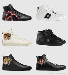 $enCountryForm.capitalKeyWord Australia - Discount Promotions New High Quality Genuine Leather Mens Casual Shoes Flat Hi-Top Sneakers Black White Tiger Head Snake Pattern Outdoor Run