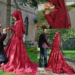 MusliM bridal evening gowns online shopping - Elegant Dubai Vintage Lace Evening Dresses Muslim Long Sleeves Beads High Neck Garden Bridal Gowns Vestidos Custom Made