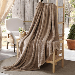 Solid Color Flannel Blanket Thicken Carpet Soft Throw Blanket Warm Summer Air Condition Washable Quilt Best Gift