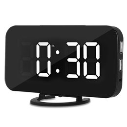 $enCountryForm.capitalKeyWord Australia - Creative LED Digital Alarm Table Clock Brightness Adjustable For Home Office Hotel Light Sensor USB Modern Digital Clock