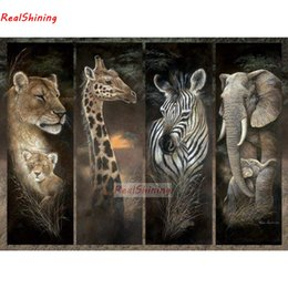 $enCountryForm.capitalKeyWord Australia - 5D Diy Diamond Painting Cross Stitch 4pcs full Square Round Diamond Embroidery Lion giraffe zebra elephant picture H2267