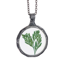 Wholesale natural leaf jeWelry online shopping - Plant Specimen necklace Fly leaf Handmade Vintage Natural Dried Flowers Long Necklaces Pendants Retro Bronze Jewelry Dry Flower Necklace