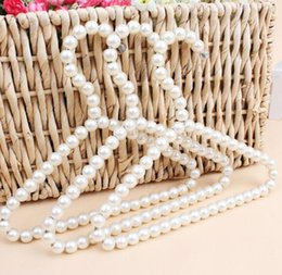 $enCountryForm.capitalKeyWord Australia - DHL 20cm Plastic Pearl Beaded Pet Kid Clothes Dress Coat Hangers Wedding For Children Save-Space Storage Organizer n3