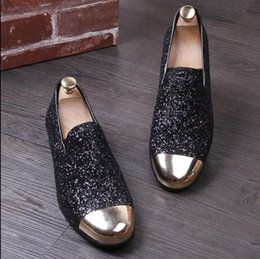 trendsetters shoes Australia - Hot Sale-2019 Streets Fashion Trendsetter shining charm sequins Men's Loafers Homecoming Dress Shoes Male Party Wedding Shoes Sapato Social