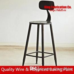 Venta al por mayor de Sillas viejas de colores Sillas de estilo americano de bar Elegante silla alta de aleación soporte personalizado