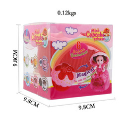 $enCountryForm.capitalKeyWord NZ - 6pcs box 15cm Magical Cupcake Princess Doll With Comb Scented Reversible Cake Transform to Princess Doll Girls Toys DHL