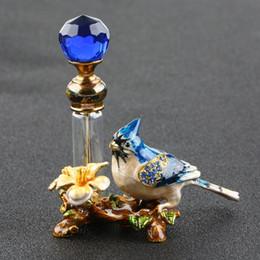 perfume bottle sprayer pump 2019 - 4ml Vintage Metal Bird Glass Empty Perfume Bottle Container Decor Ladies Gift Luxury Refillable Perfume Bottle discount