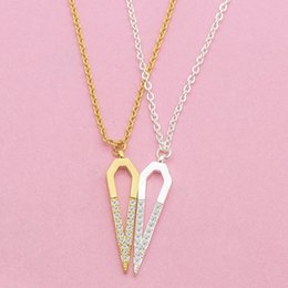 crystal triangle necklace UK - Summer Style Rose Gold Color Crystal Triangle Pendant Luxury Jewelry Love Crystal Necklaces Valentine's Day Wedding Jewelry