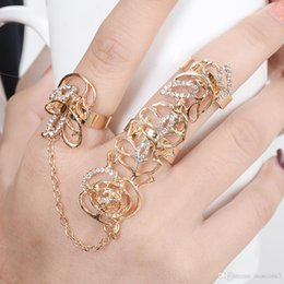 $enCountryForm.capitalKeyWord Australia - Hot-Selling Occident Women Chic Alloy+Rhinestone Shiny Crystal Floral Ring Celebrity Party Connect Full 2 - 3 Finger Rings Jewelry