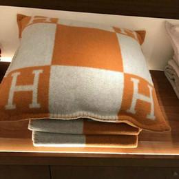 $enCountryForm.capitalKeyWord Australia - fashion vintage fleece Black pillowcase letter H european pillow cover covers wool throw pillow case 45x45 65x65cm