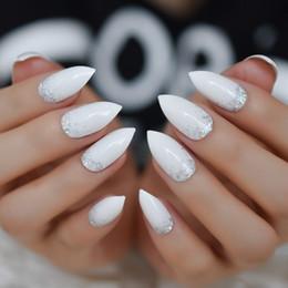 $enCountryForm.capitalKeyWord NZ - Glitter Stiletto Designed Nails Medium White Silver Nails Shiny Powder Decoration Tips Daily Wear 24pcs