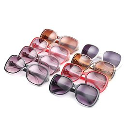 large acrylic frames Australia - European and American new fashion trend sunglasses ladies retro large frame sunglasses