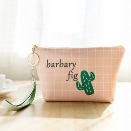 $enCountryForm.capitalKeyWord Australia - Lovely Cartoon zipper Three-dimensional waterproof printing hold in the hand Portable fashion Storage bag Cosmetic Bag