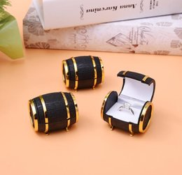 $enCountryForm.capitalKeyWord Australia - Creative Barrel Bucket Shape Plastic Jewelry Boxes Black Rings Box Earrings Pendant Box Display Packaging Wedding Gift Box