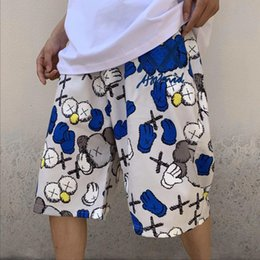 Wholesale 19ss Printed shorts blue and yellow color embellishment color jump cute patterns handsome fashion can also be very childish