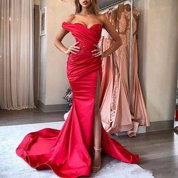 ed4bdd278 Nuevo One Shoulder 2k19 largo negro niñas sirena roja vestidos de noche  2019 niñas formales concurso de cóctel vestidos de fiesta de alta división  lateral