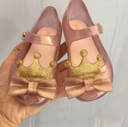 $enCountryForm.capitalKeyWord Australia - Melissa jelly shoes shining girls gold crown Bows PVC jelly sandals kids non-slip flat princess shoes children fragrance sandals F8837