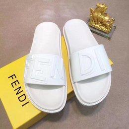 $enCountryForm.capitalKeyWord Australia - Top Men Womens Sandals Luxury Slide Summer with Box Designer snake print Designer unisex beach flip flops Fashion Wide Flat Sandals Slipper