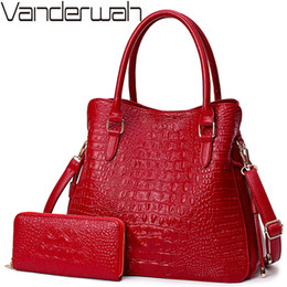 c49c2d2224e0 2 Sets Crocodile Leather Purses And Handbags Women Shoulder Bags Women  Messenger Bags Ladies Casual Tote Bags Sac A Main Femme
