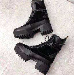 $enCountryForm.capitalKeyWord NZ - 2019 spring fall womens Ladies PATCHWORK BLACK SUEDE REAL Leather with CANVAS flat platform Lug rubber sole lace up Military ANKLE BOOTS