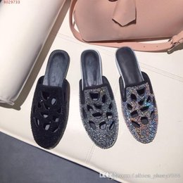 B Flat Australia - New style fashion round head flat bottom water drill comfortable baotou baotou leather rubber flat bottom slippers The hole was