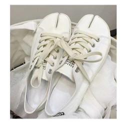 Japanese style shoes women online shopping - Divided toed Horseshoe Toe splitting Canvas Shoes Female Spring New style Japanese Restoration Girl Tied Single Shoe Pig Hoof Ninja Shoes