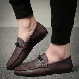 Mens italian leather slip shoes online shopping - 2019 Fashion Brand Mens Black Shoes Luxury Print Male Loafers Italian Dress Casual Flats Shoes Man Party Driving Footwear Black Red