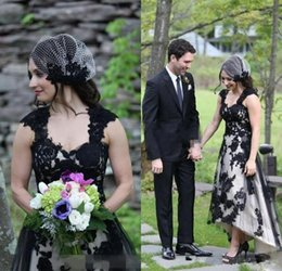 $enCountryForm.capitalKeyWord Australia - 2019 Hot Sale BlacK And White Lace Country Hi-lo Wedding Dresses Sexy Gothic Long Plus Size Garden Bridal Party Gowns A-line Boho