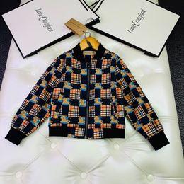 $enCountryForm.capitalKeyWord Australia - Boy jacket kids designer clothing autumn cotton cardigan jacket zipper closed two color classic trellis war horse pattern element splicing