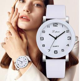 $enCountryForm.capitalKeyWord Australia - Lvpai Brand Quartz Watches For Women Luxury White Bracelet Watches Ladies Dress Creative Clock 2018 New Relojes Mujer