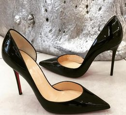 $enCountryForm.capitalKeyWord NZ - New Brand Red Bottom Pump Patent Leather Pigalle Heels WOMEN wedding shoes Pointed Toe fine heels Sexy Luxury Women Red Sole High Heels