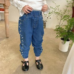 $enCountryForm.capitalKeyWord Australia - New Girls Jeans Fashion pearl kids jeans girls fall boutique clothing kids designer clothes girls loose pants trousers kids clothing A7418