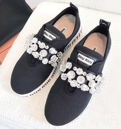 Ladies Flat Cloth Shoes NZ - 2019 high quality brand fashion ladies casual shoes fashion cloth rhinestone design superstar sports flat shoes with original packaging qp
