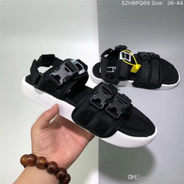 plastic slippers sandals Australia - New women designer sandals fashion brand file mens slippers summer beach sandals plastic buckle black white blue jogging lovers shoes new