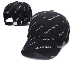 Toptan satış 2019 Tasarımcı Erkek Beyzbol Kapaklar Yeni lüks Mektup Şapka Işlemeli kemik Paris Erkekler Kadınlar casquette Güneş Şapka gorras Spor Kap Damla Nakliye