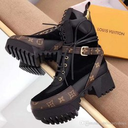 9fab718a1b4 Women Boots Winter Thick Sole Laureate Platform Desert Boot Winter Lady Shoes  Boots Luxury 1A41Q7 Genuine Leather Casual Shoes Bottes Femmes