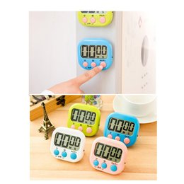 gadgets cute NZ - Cute Mini Timer Clock Cooking Mechanical Timer Home Decorating Portable Kitchen Gadget with Bracket