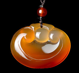 Necklaces Pendants Australia - Natural agate ocean chalcedony ice red wishful pendant watery ice through men and women jade pendant jade necklace