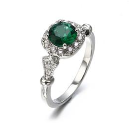 701f87f0ebe4 A estrenar Moda Mujeres Anillo de Compromiso 925 Boda de Plata Anillo  Esmeralda Lujo Verde Anillos de Diamantes Joyería Envío de la gota