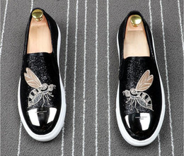 blacks shoes NZ - 2019 New Luxury embroidery Men's Fashion Casual Shoes black Gold Glitter Leisure Slip on Rivets Loafers Shoes Man Party Weeding Dress Shoes