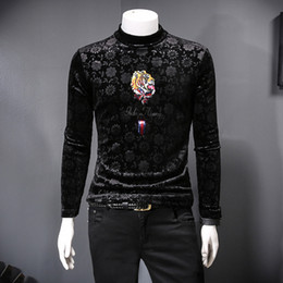 Wholesale 2019 youth new autumn and winter men's T-shirt Korean cashmere plus velvet thick animal print high collar bottoming shirt