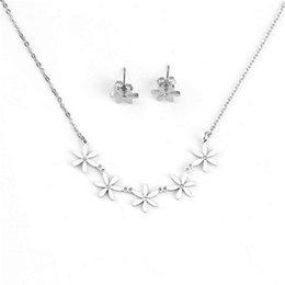 $enCountryForm.capitalKeyWord Australia - 1 Set Stainless Steel Necklace Stud Earring Set Silver Flower Clear Rhinestone Trendy Women Girls Party Jewelry Gift 49.5cm Long