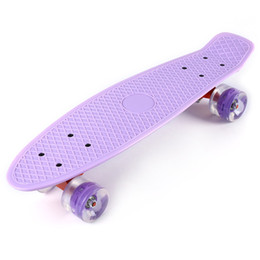 Wholesale Skateboard Skate Board Inches Cruiser Four wheel Banana Style Plastic Board Deck Aluminum Bracket with LED Flashing Wheels