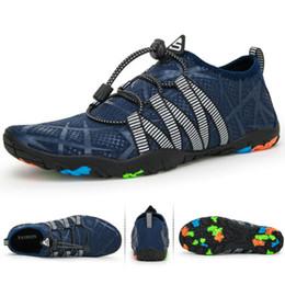 Ingrosso blue new hot Uomo Scarpe da acqua a piedi nudi Calzini da spiaggia Aqua Quick Dry per lo sport all'aria aperta Dimensioni escursionismo: 35-48